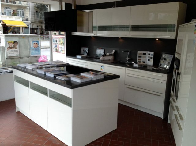 Küchenausstellung von discountkuechen.de - Studio Hamburg Eppendorf